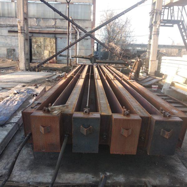 Монтаж кассетной металлоформы полурам РПС