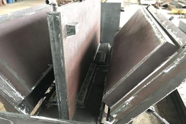 Форма железобетонной лестничной площадки